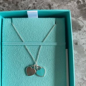 Tiffany Necklace includes box, pouch and bag